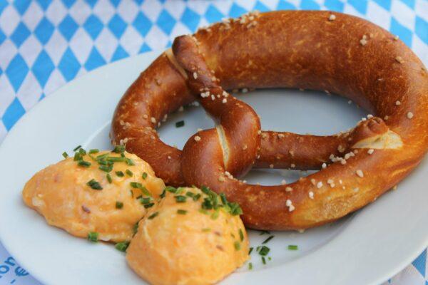 pretzel 541738 1920